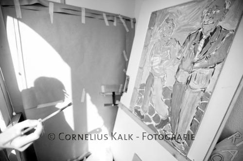 Der Kopf, die kreative Hand und ein Bild aus dem Projekt 'Leben mit Hartz IV'