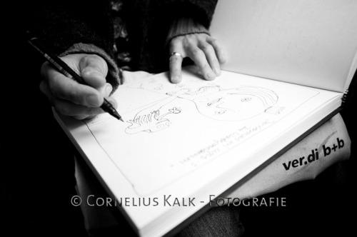 Das Skizzenbuch füllt sich schnell mit der kreativen Hand von Martina M.